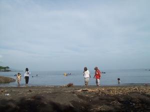 Berpetualang di pantai situbondo