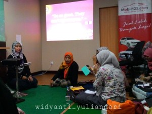 Mbak Haya Aliya Zaki : Writing Great Content