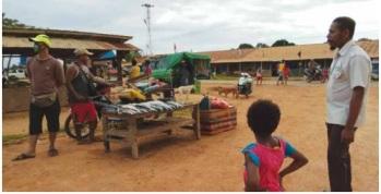 Pasar Prabu di Asiki sebagai sentra perdagangan masyarakat